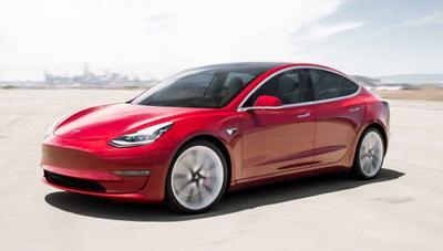 Tesla duplica ventas, logra la rentabilidad prometida y anuncia el Model Y