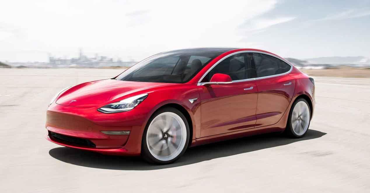 Ver noticia 'Noticia 'Tesla duplica ventas, logra la rentabilidad prometida y anuncia el Model Y''