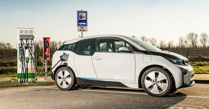 bmw i3 coche electrico carga