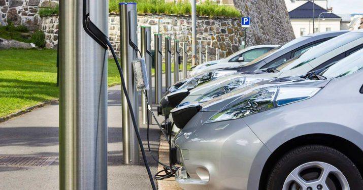 coche electrico punto carga