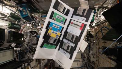 Encuentran disquetes con Windows 95 en la estación espacial, llevaban 18 años perdidos