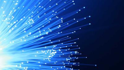Crean el primer cable de fibra óptica de más de 1 petabit de velocidad