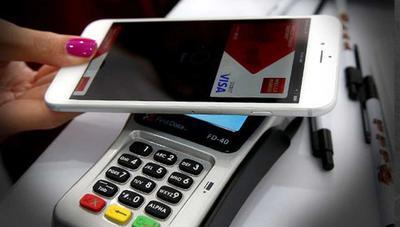 Todos los bancos y apps con los que pagar con el móvil