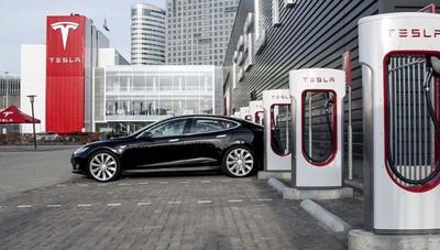 Los Supercargadores Tesla serán el doble de rápidos en 2019