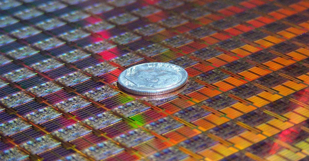 Ver noticia 'Noticia 'Crean un transistor de 2,5 nanómetros: los procesadores pueden ser al menos 3 veces más pequeños que ahora''
