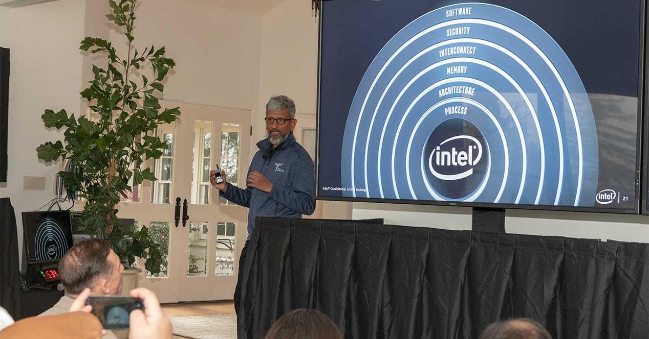 Ver noticia 'Noticia 'Intel detalla el futuro de sus CPU y GPU integradas y dedicadas para 2019 y 2020''