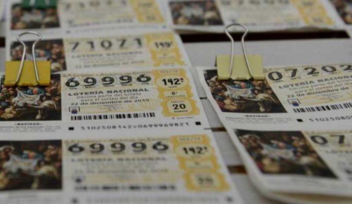 compartir un número de Lotería de Navidad