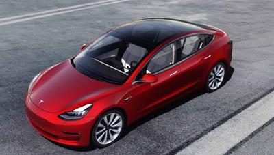 Tesla Model 3: ya a la venta en España y no, no es barato