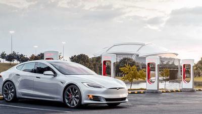 A medida que Tesla encarece los Supercharger, los eléctricos se hacen menos atractivos