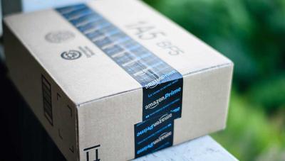 Detienen a un trabajador de Amazon por haberles estafado 300.000 euros