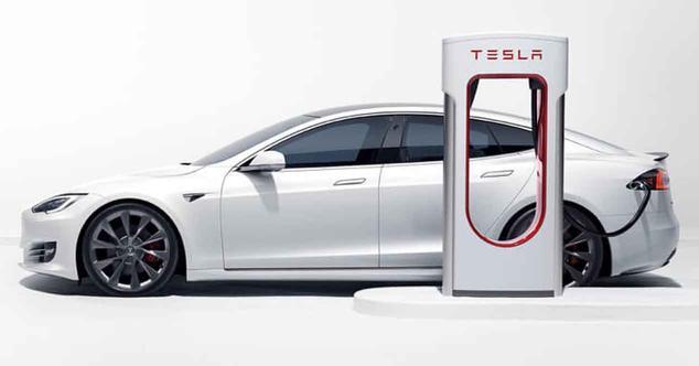 Ver noticia 'Así han evolucionado los Supercharger de Tesla: de 90 kW a 250 kW en la V3'