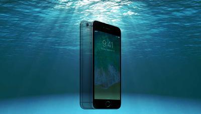 Apple dice que no puedes recuperar las fotos si se te moja el iPhone, pero mienten