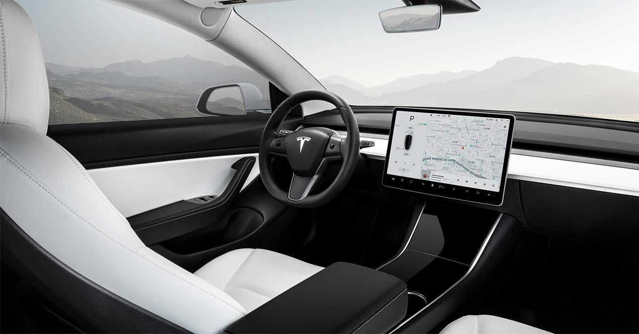 tesla model 3 interior coche electrico