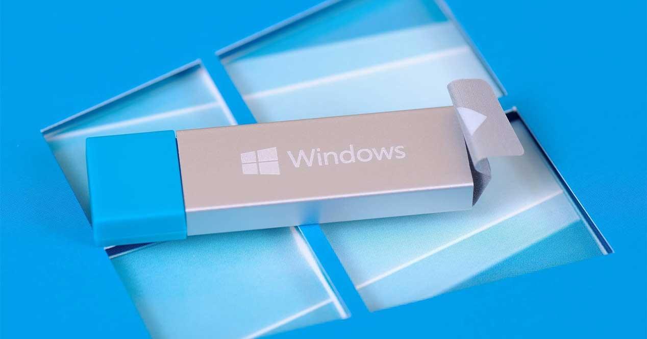 Ver noticia 'Noticia 'Un extraño error de Windows 10 cambia el icono de las unidades USB''