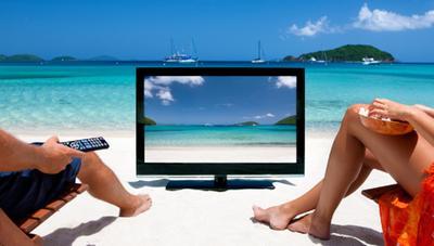 Las mejores series que puedes empezar y acabar en vacaciones este verano