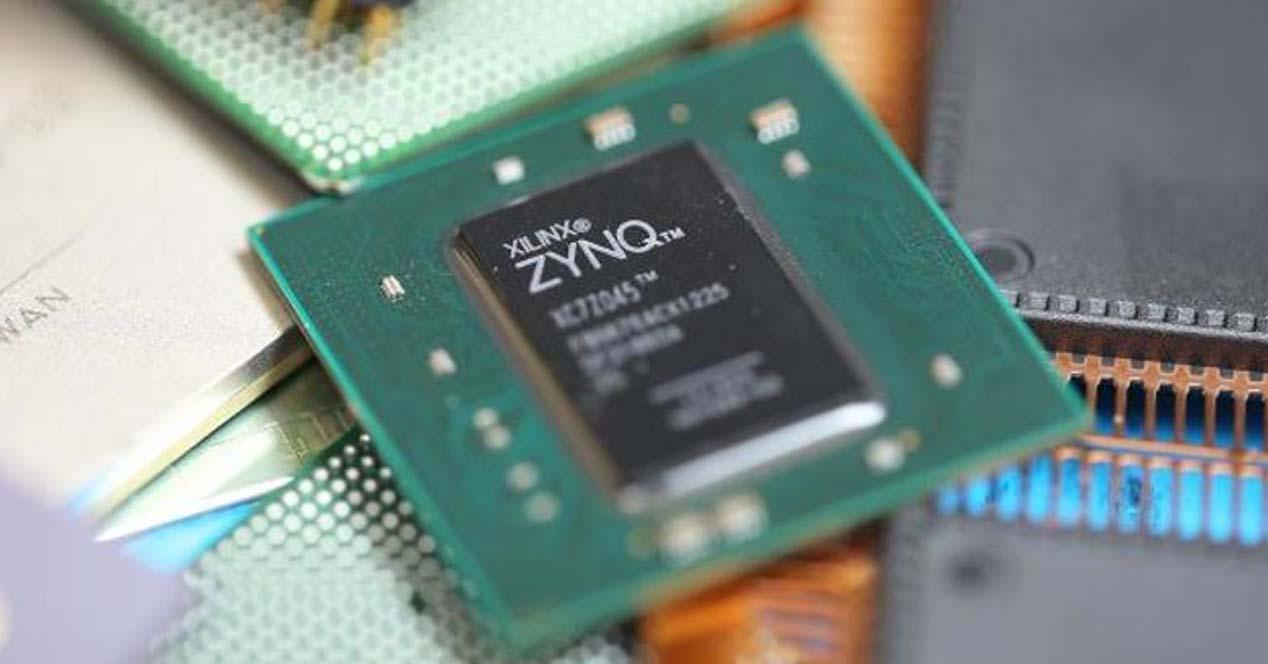Ver noticia 'Noticia 'Descubren un fallo irreparable en el procesador oculto que usan dispositivos electrónicos, coches y aviones''
