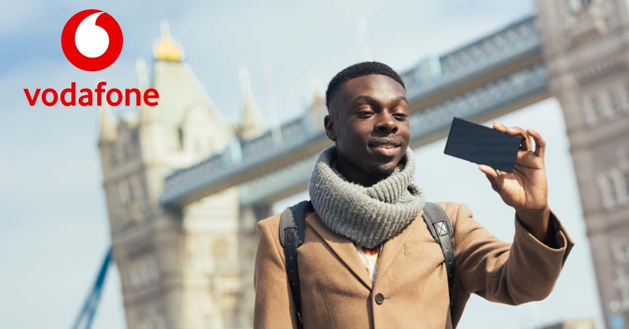 Ver noticia 'Noticia 'Tarifas de Vodafone para hablar y navegar desde el móvil en el extranjero''