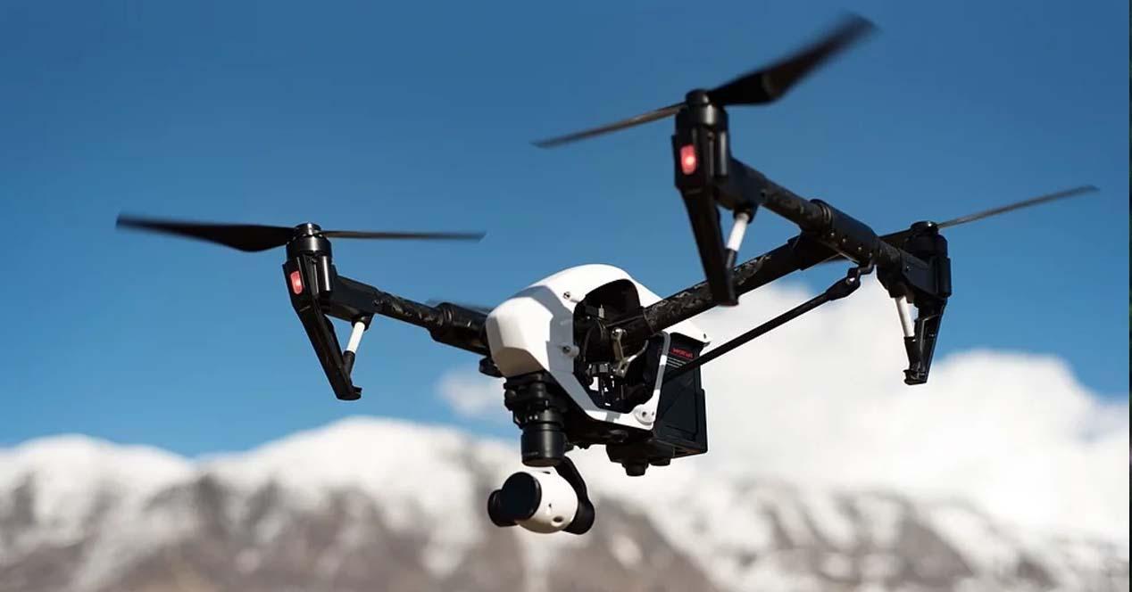 Ver noticia 'Ver ¿Pensando comprar un drone? Conoce los tipos de drones según el uso, diseño o control'