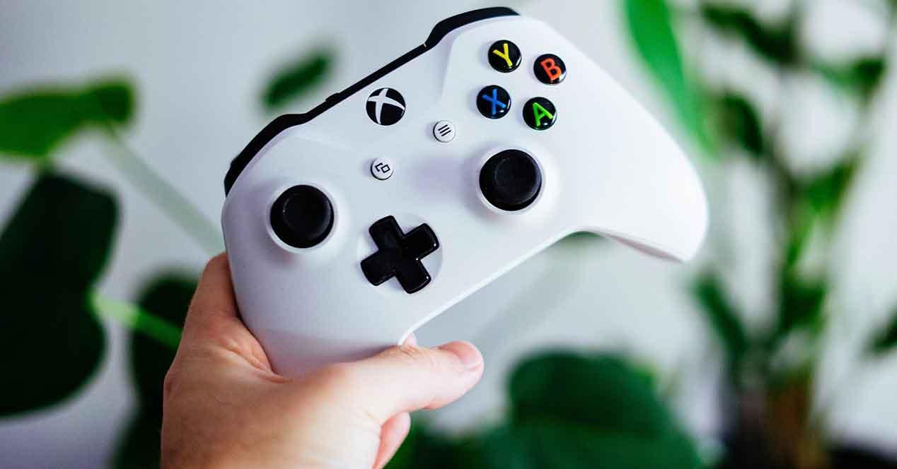 Disfruta más tus juegos para Xbox One con los mejores mandos