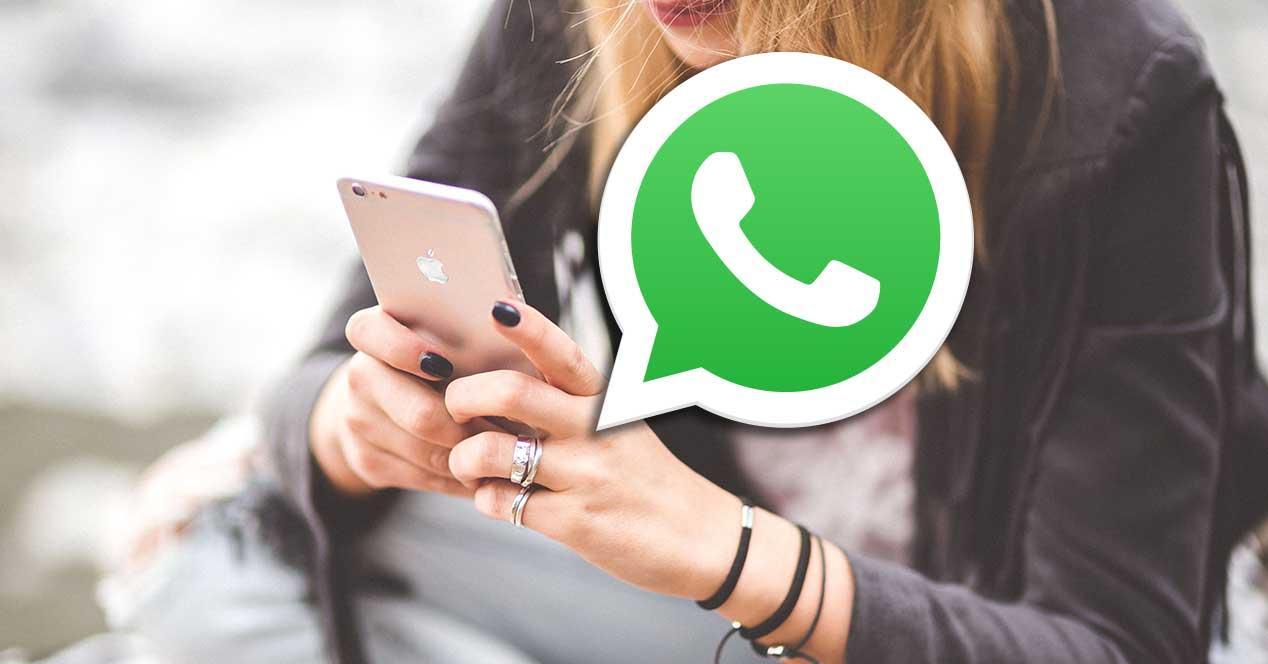 whatsapp usando movil