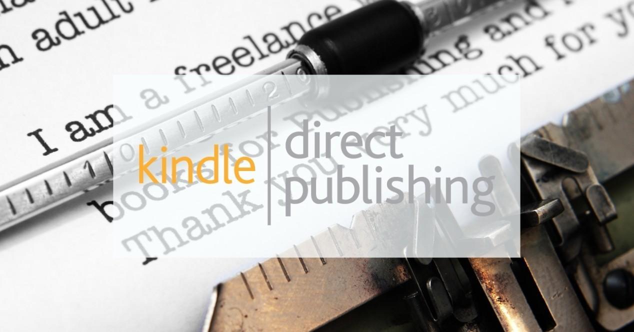 Máquina de escribir con el logo de KDP Kindle Direct