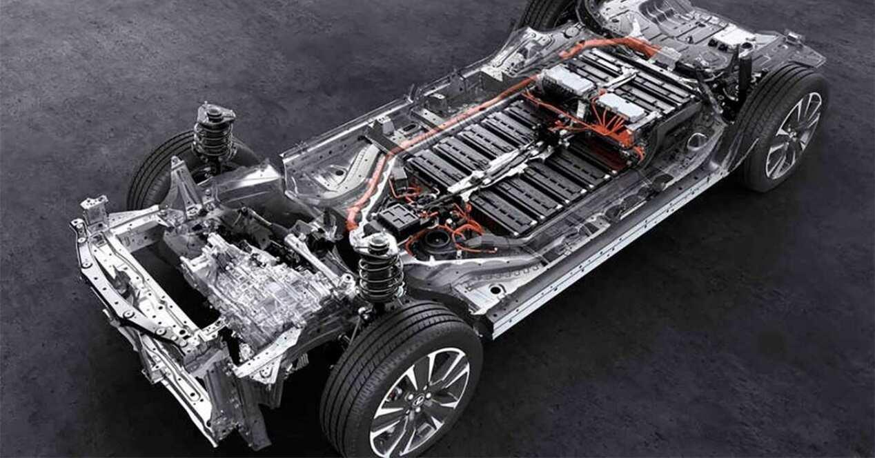 Proceso cambiar batería coche eléctrico