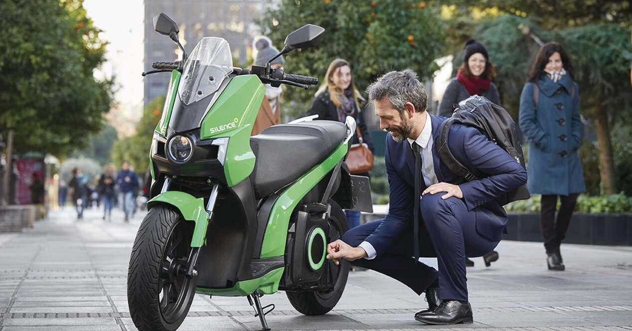 Qué tener en cuenta comprar moto eléctrica