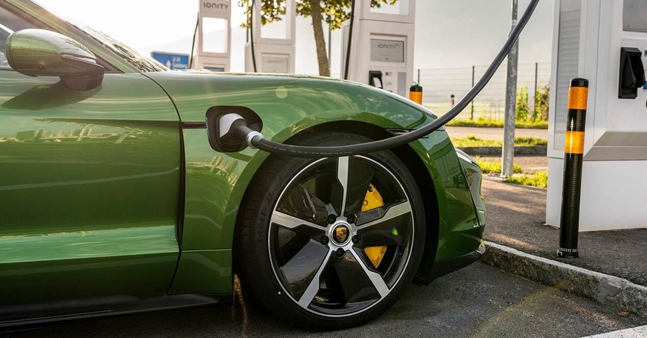 Recargar coches eléctricos 10 minutos