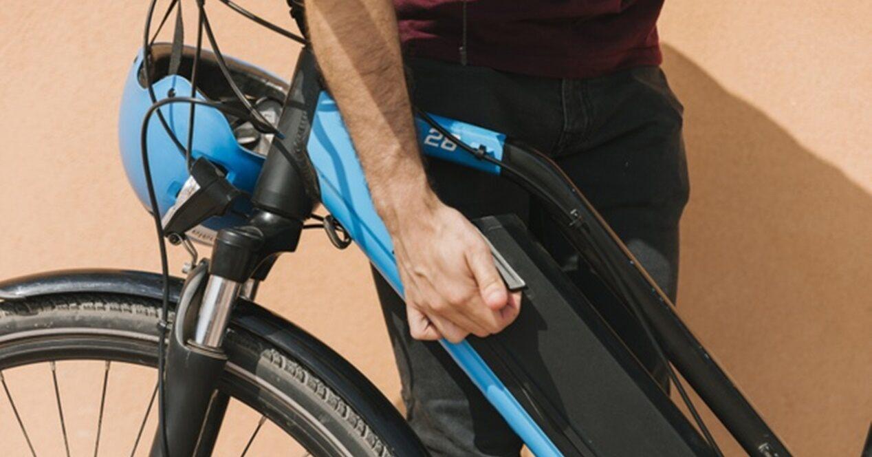 Cargadores para bicicleta eléctrica: tipos y cómo son