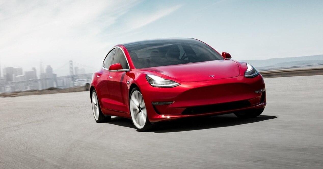 Tesla Model 3: ficha técnica