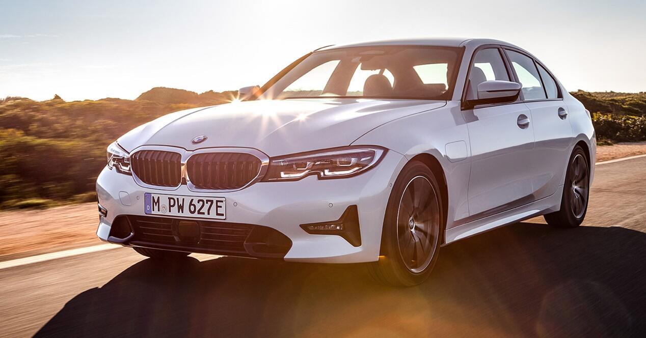 BMW Serie 3 330e ficha técnica