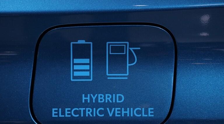Tipos niveles emisiones contaminación eléctrico híbrido