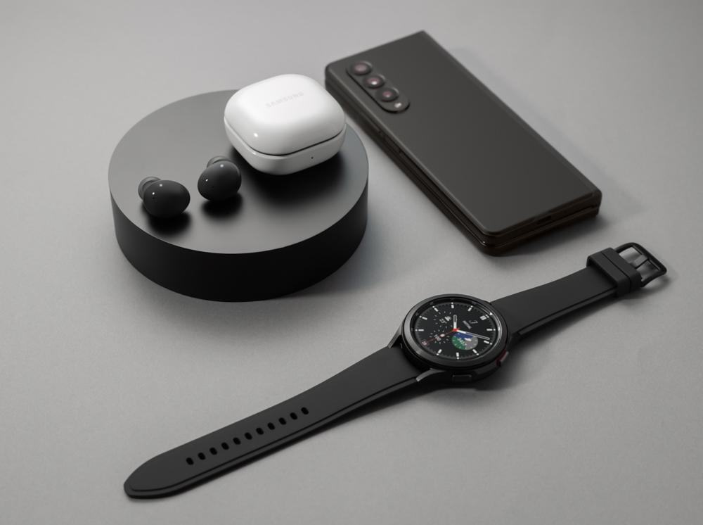 Galaxy Watch, Buds2 y Fold3