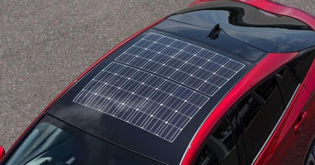 Placas solares coche eléctrico SolFlex 50 km autonomía