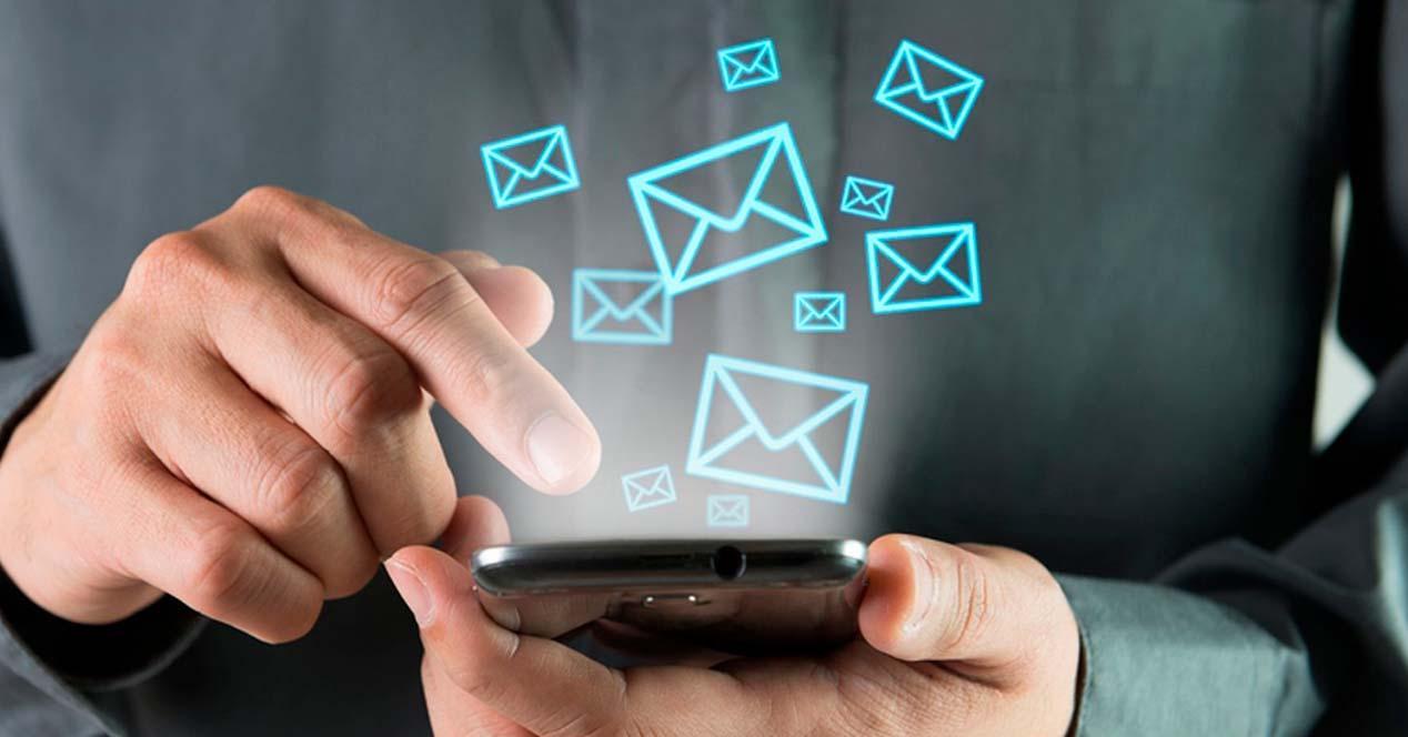 Incremento de envío de sms por la caída de Whatsapp